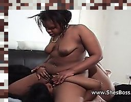 lesbian facvesitting smother